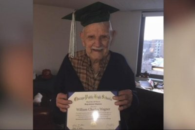Watch:-Chicago-man,-94,-gets-diploma-76-years-after-leaving-school