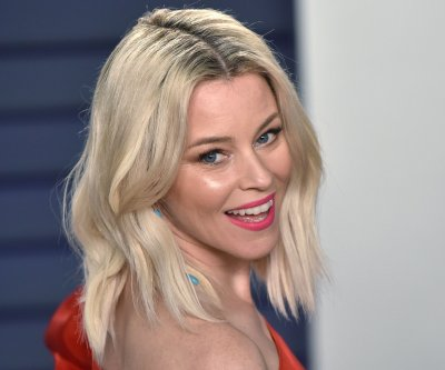 Elizabeth Banks feels 'judged' for using surrogacy