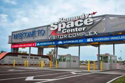 Kennedy Space Center tourist operation opens with visitor limits