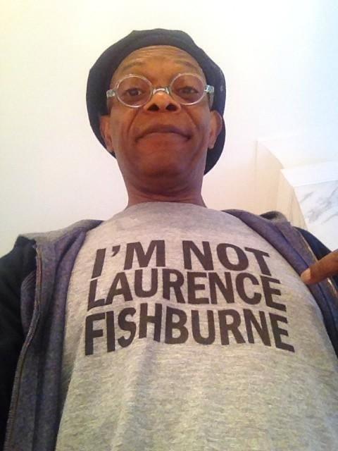 https://cdnph.upi.com/ph/st/th/4321395673835/2014/i/13956739138741/v1.5/Samuel-L-Jackson-wears-t-shirt-saying-hes-not-Laurence-Fishburne.jpg?lg=5