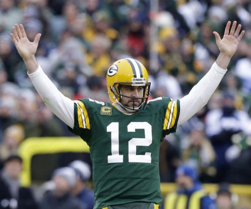 Aaron Rodgers leads Packers into NFC title game