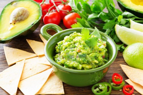 Obama disagrees with the New York Times suggestion to add peas to guacamole
