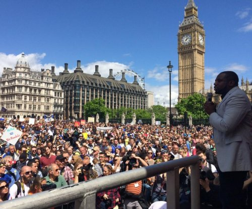 Thousands gather at 'March for Europe' referendum protest in London