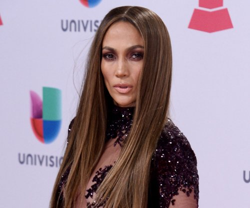 Jennifer Lopez and Drake spark dating rumors