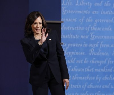 Kamala Harris in Michigan: Trump administration 'is admitting defeat' on COVID-19