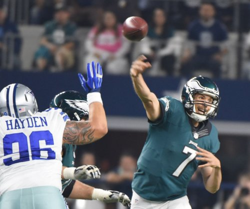 Eagles win in OT as Cowboys drop 6th straight
