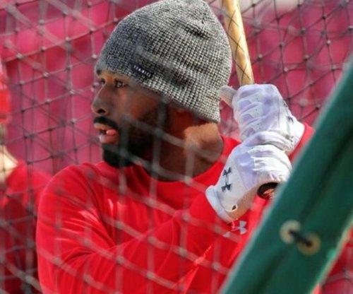 Boston Red Sox roll; Jackie Bradley extends hitting streak to 29