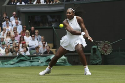 Serena Williams wins 300th Slam match, cruises into 4th round