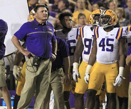 LSU Tigers hire Pitt Panthers' Matt Canada as offensive coordinator, QB coach
