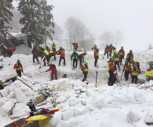 Search for survivors at Italian hotel avalanche site ends