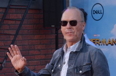 D23: Michael Keaton, Danny DeVito confirmed for Tim Burton's 'Dumbo'