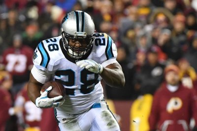 Jonathan Stewart scores three touchdowns as Carolina Panthers beat Minnesota Vikings