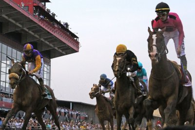 War of Will wins Preakness Stakes