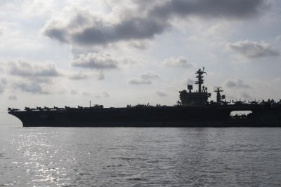 USS Nimitz leaves Somalia for home port after 10-month deployment