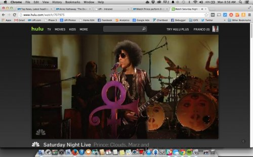 Prince breaks SNL format, does 8-minute set