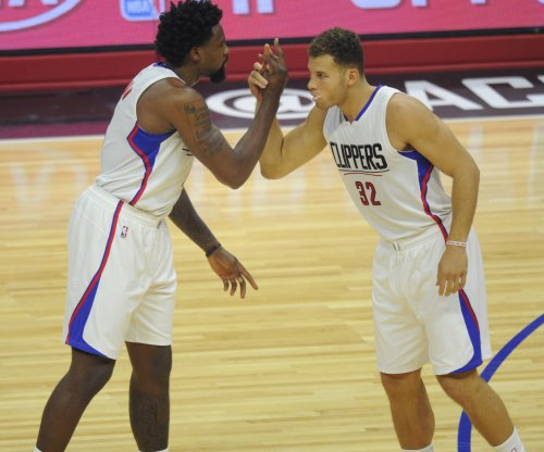 Blake Griffin, Chris Paul carry Los Angeles Clippers past Phoenix Suns