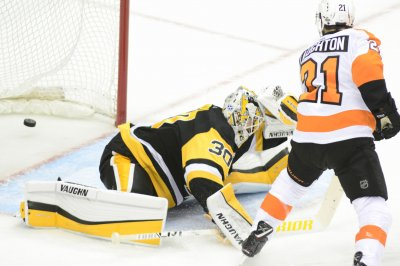 Banged-up Penguins look to eliminate Flyers