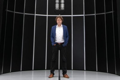 Rocket Lab plans new Neutron rocket, intends to go public