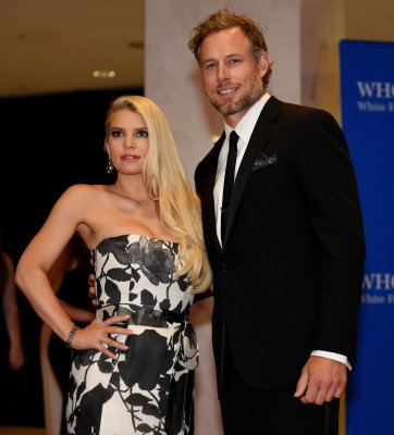 Jessica Simpson, Eric Johnson marry