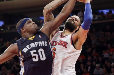 Memphis Grizzlies check it up with Brooklyn Nets