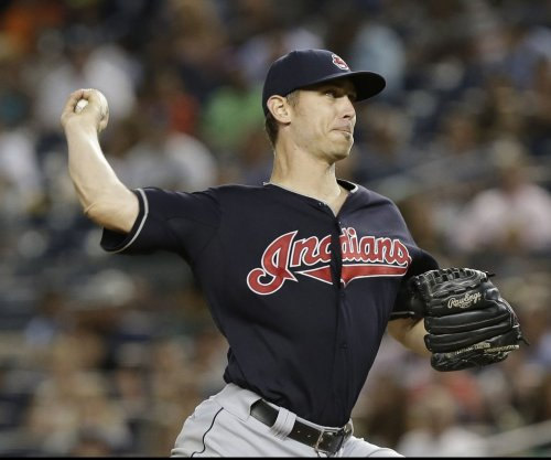 Cleveland Indians' Josh Tomlin raises record to 5-0