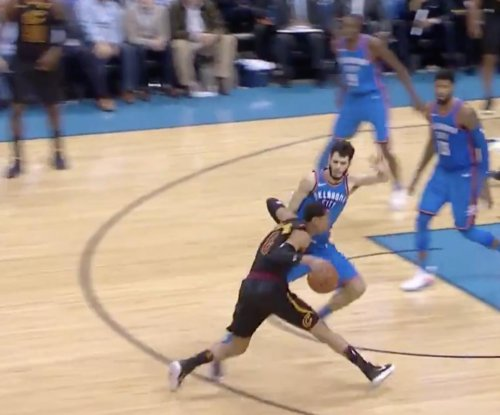 Cavaliers newcomer Clarkson goes off vs. Thunder