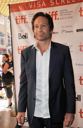Duchovny calls Leoni a great wife