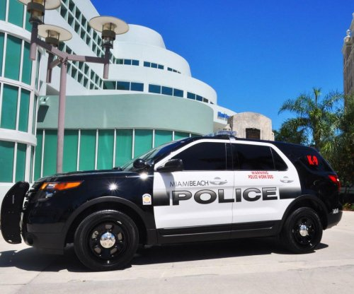 Miami Beach officers allegedly sent racist, pornographic emails