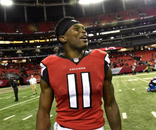 Atlanta Falcons sign WR Julio Jones to extension