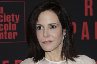 'Weeds' sequel series with Mary-Louise Parker in development