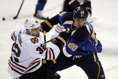 St. Louis Blues beat Chicago Blackhawks 4-3