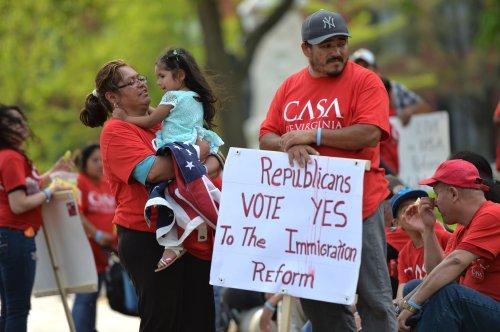 House GOP, Dems swap blame over unaccompanied children crisis