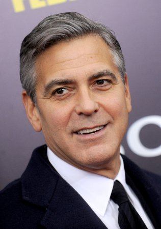 George Clooney makes post-wedding appearance at New York Comic-Con