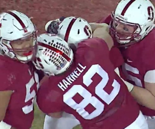 No. 9 Stanford knocks off No. 6 Notre Dame
