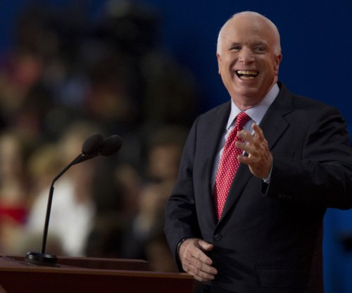 McCain backs off promise to block Supreme Court nominees if Clinton wins election