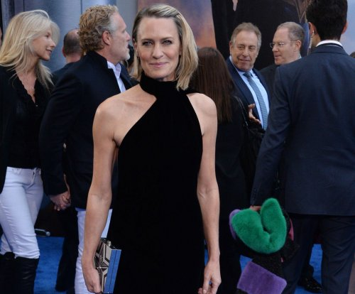 'House of Cards': Robin Wright gives Fourth of July message