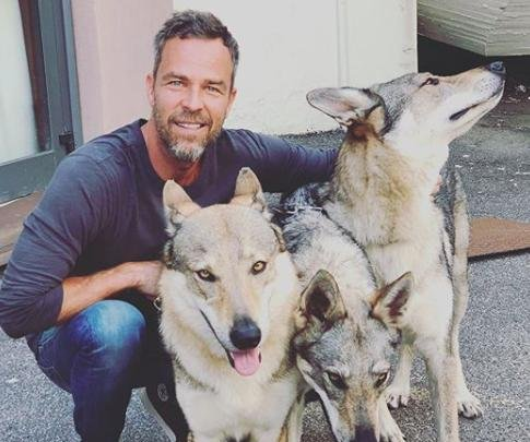 'Teen Wolf' alum J.R. Bourne joins 'The 100' for Season 6