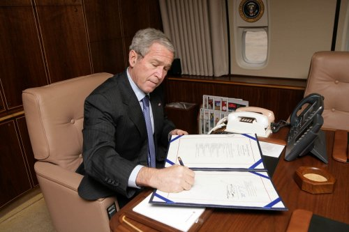 Bush to veto defense authorization bill