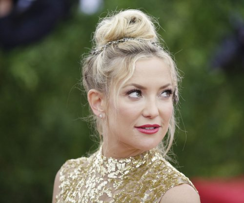 Kate Hudson chops off hair for new role