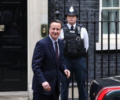 Cameron presses EU for renegotiation of British membership