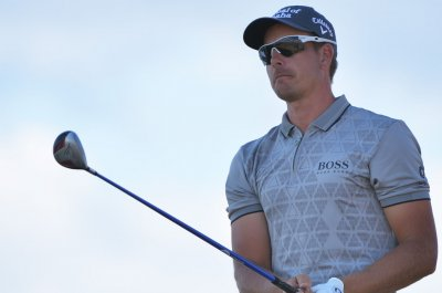 Eagle helps Henrik Stenson take Deutsche Bank lead