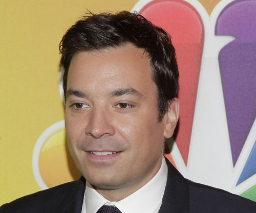 Jimmy Fallon to host the 2017 Golden Globes ceremony