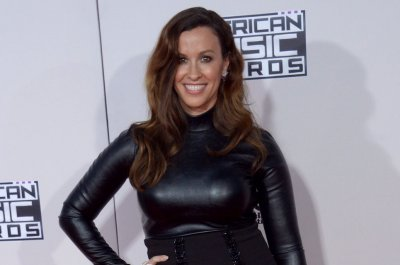 Alanis Morissette's musical based on 'Jagged Little Pill' to debut in 2018