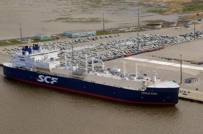 Russian LNG vessel christened in honor of former Total CEO