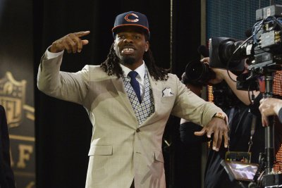 Kevin White: Chicago Bears officially put WR on I.R., promote WR Gentry to active roster