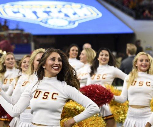 USC promotes assistants Ellis, Colbert