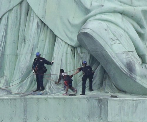 Statue of Liberty climber sentenced to probation