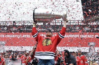 Blackhawks celebrate another Stanley Cup title