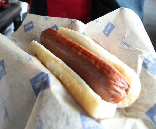 Former Pa. governor: A hot dog is a sandwich