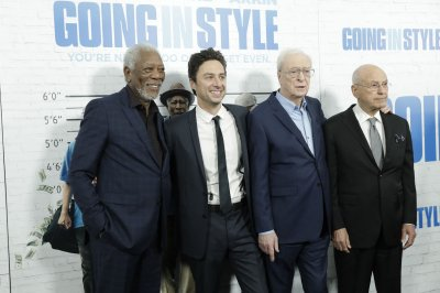 Morgan Freeman, Alan Arkin, Michael Caine recall poor actor days for 'Going in Style'